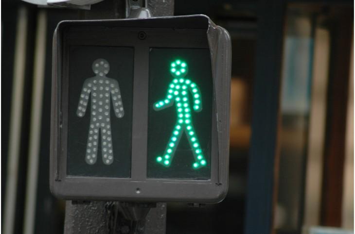 Ідіома give the green light в англійській